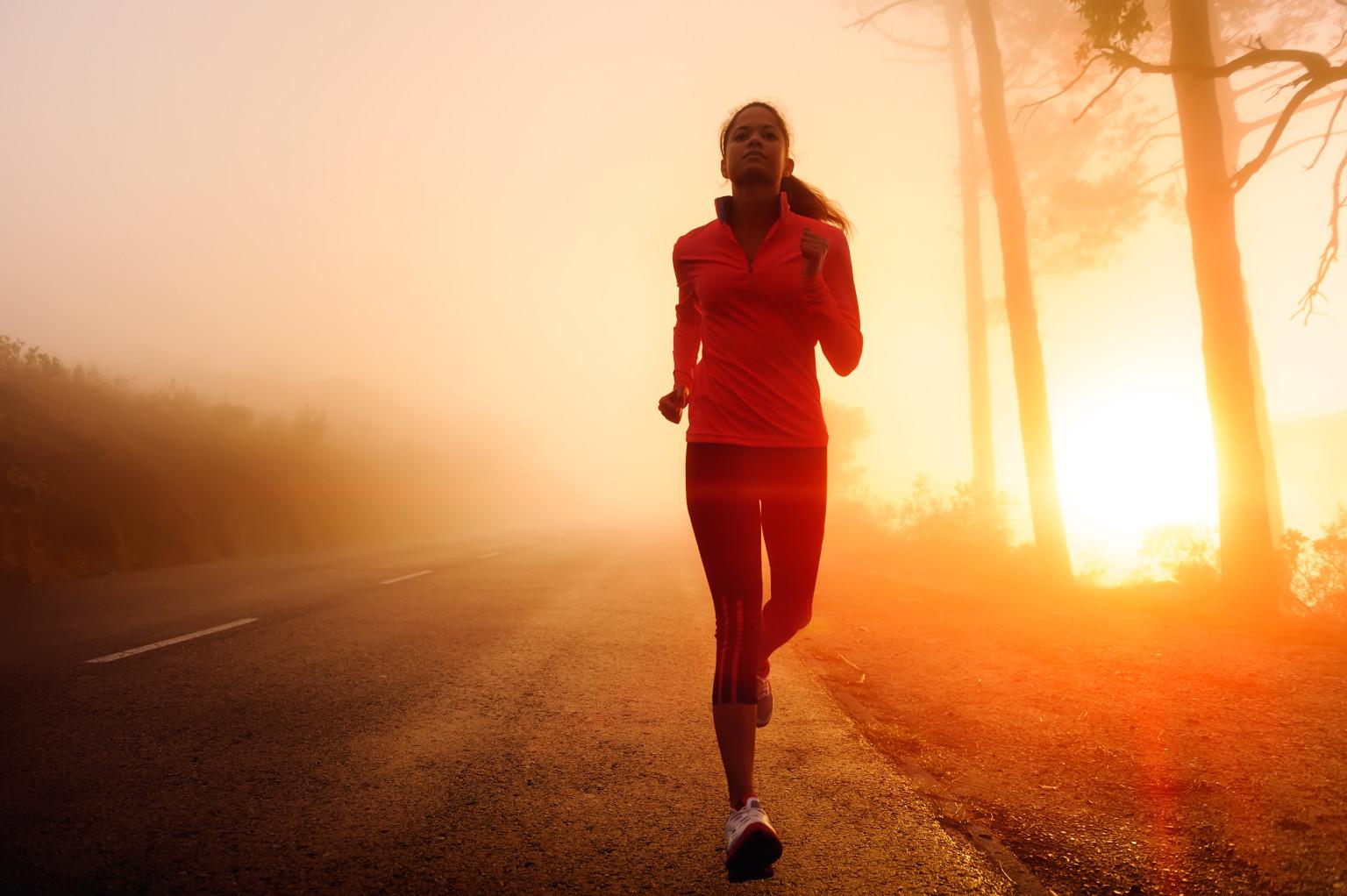 ورزش منظم میتواند به انعطافپذیر نگه داشتن مفاصل کمک کند
