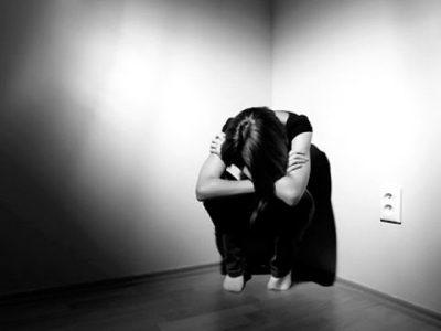 احساس بیارزشی یا احساس گناه، توجه ویژه به شکستهای گذشته و یا سرزنش خود برای کارهایی که مسئول شان نبودهاید