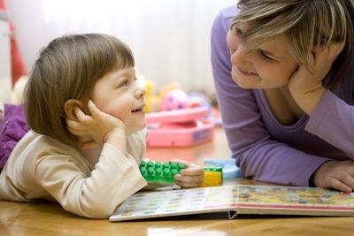 کمک به کودک برای استفاده از حواس چندگانه در یادگیری به پردازش اطلاعات کمک خواهد کرد