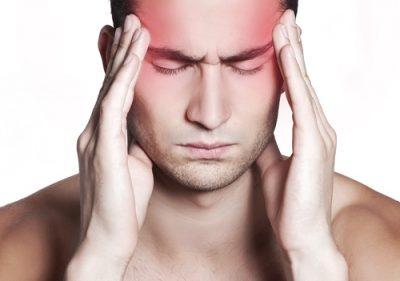 آسیب های مغزی به خاطر ضربه و یا سایر صدمهها به سر و یا بدن ایجاد میشود. میزان آسیب به عوامل مختلفی از جمله ماهیت رویداد و نیروی ضربه بستگی دارد